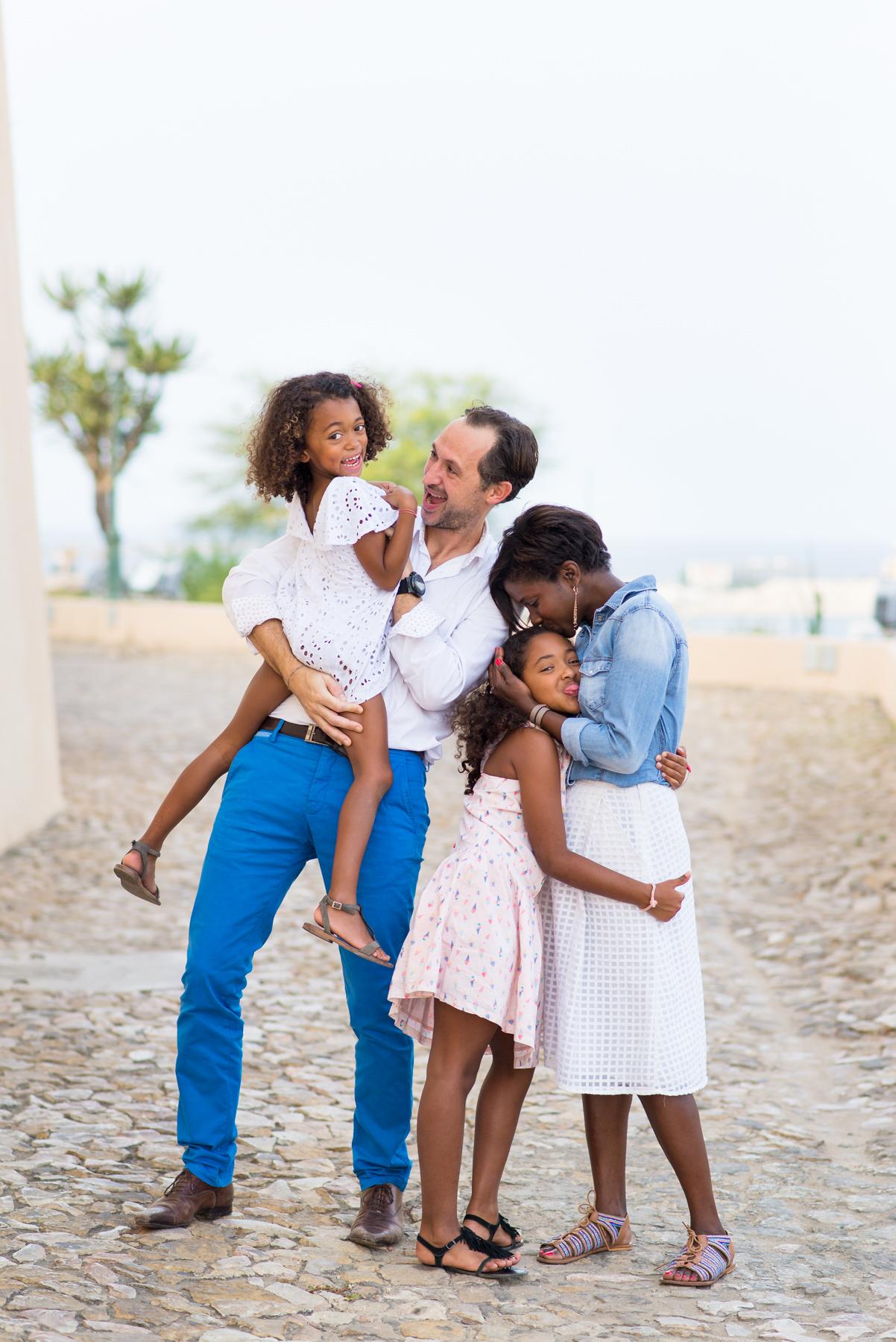 Séance photo en famille près de Aix-en-Provence, Manosque ou Antibes